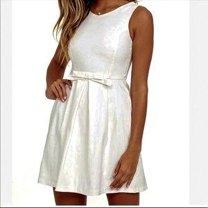 Lulu's Sleeveless Fit & Flare Bow Waist Dress